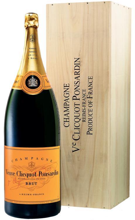 Besondere Geschenkideen von Edeka: Veuve Clicquot Champagner Brut BALTHAZAR